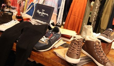 Pepe Jeans AW15 pre-collection display at the launch in Lahore (2)