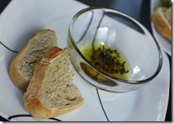 carrabas bread and oil