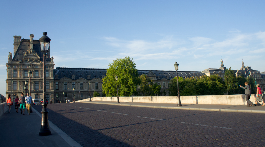 2014-palais-du-louvre-from-pont-royal-bridge-paris-france-02