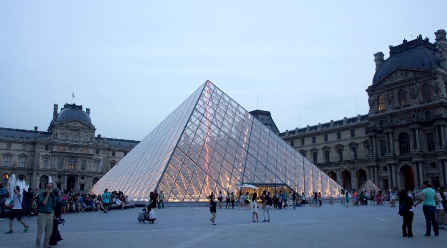 2014-louvre-museum-paris-france-63