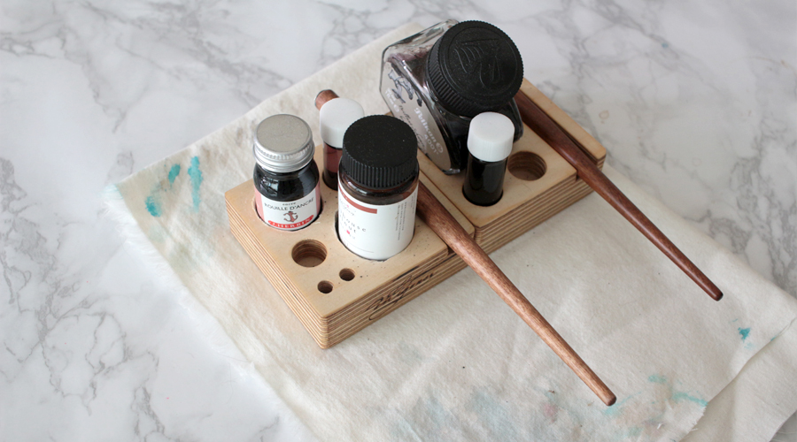 silentlyfree-calligraphy-tools-08-ink-holder