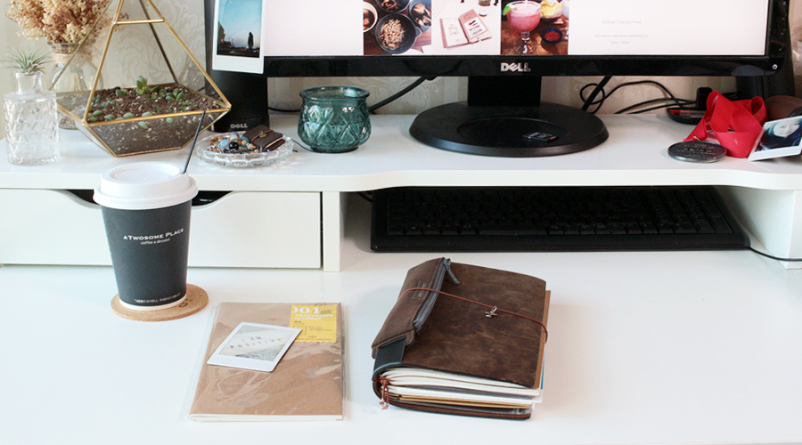 2016-silentlyfree-travelers-notebook-midori-gratitude-journal-01