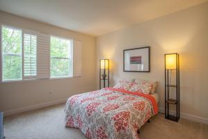 1794 Camino Leonor San Jose CA-large-016-Bedroom-1500x1000-72dpi