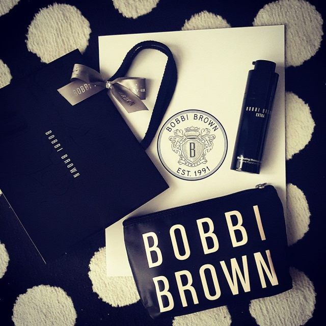 除了Illuminating Skin Serum Foundation SPF 40外,我从推介礼同时带走了同一系列新品 —— Bobbi Brown Extra Illuminating Moisture Balm 面霜。