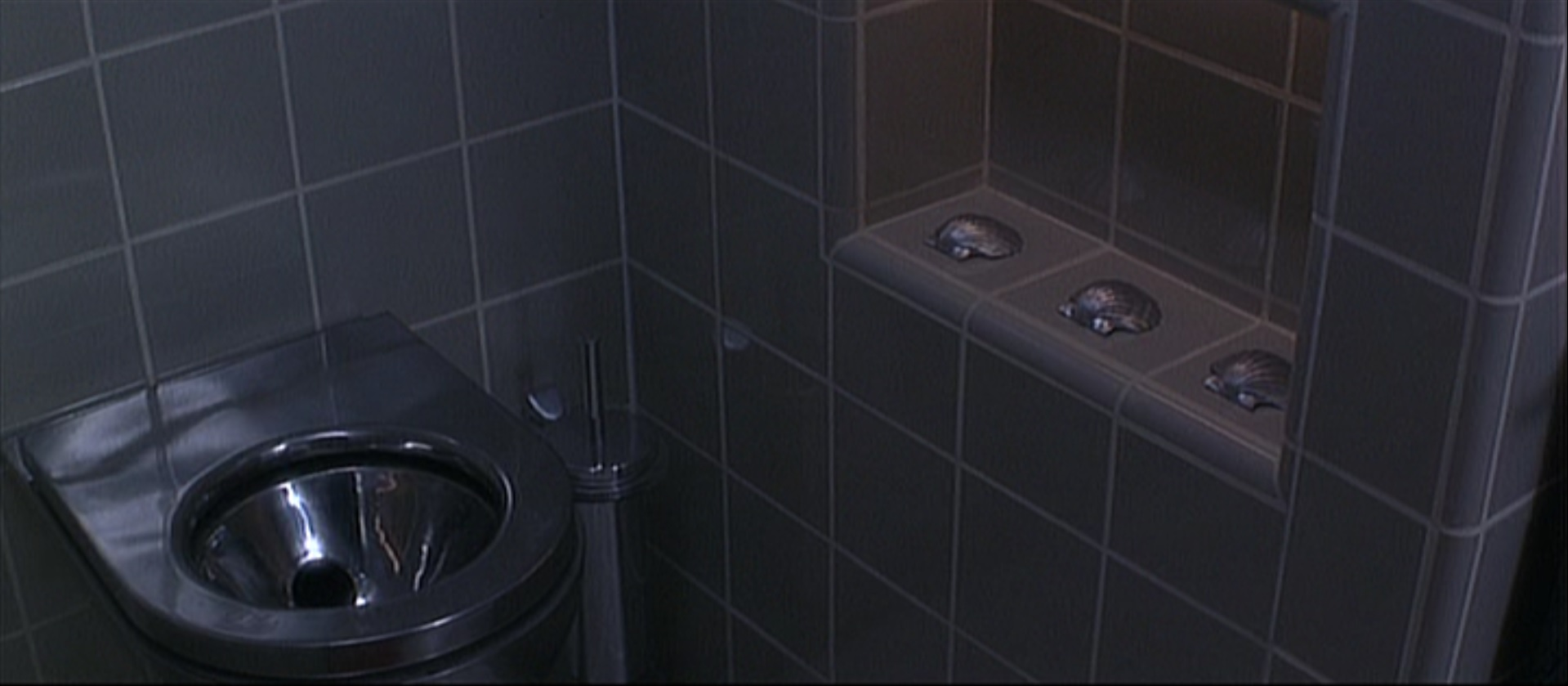 DEMOLITION MAN: Seriously though, HOW DO YOU USE THESE THINGS?!
