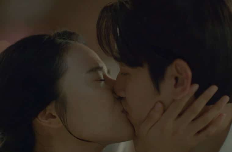 10th-prince-soon-duk-kiss-Scarlet Heart Ryeo Episode 14 & 15 Recap