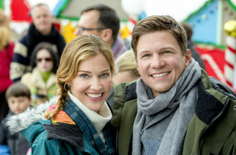 Previewing Hallmark Channel S Countdown To Christmas 2016