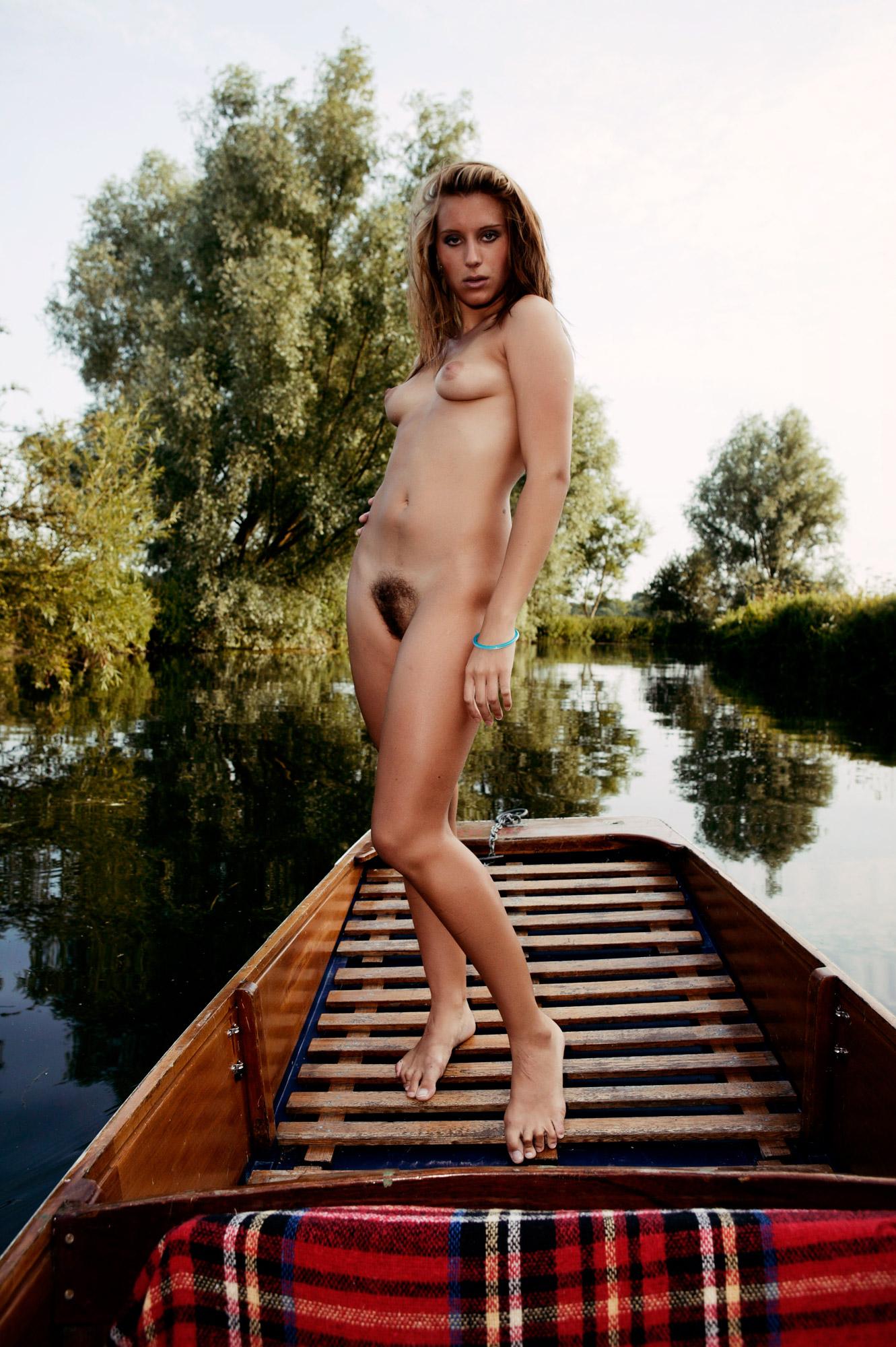 Naked on a punt