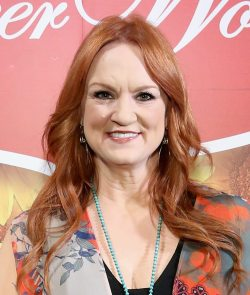 Perfect Ree Drummond Most New Ny June Ree Drummond Attends Pioneer Woman Magazinecelebration New Pioneer Woman Magazine Celebration Ree Drummond At Mason Jar On June 2017