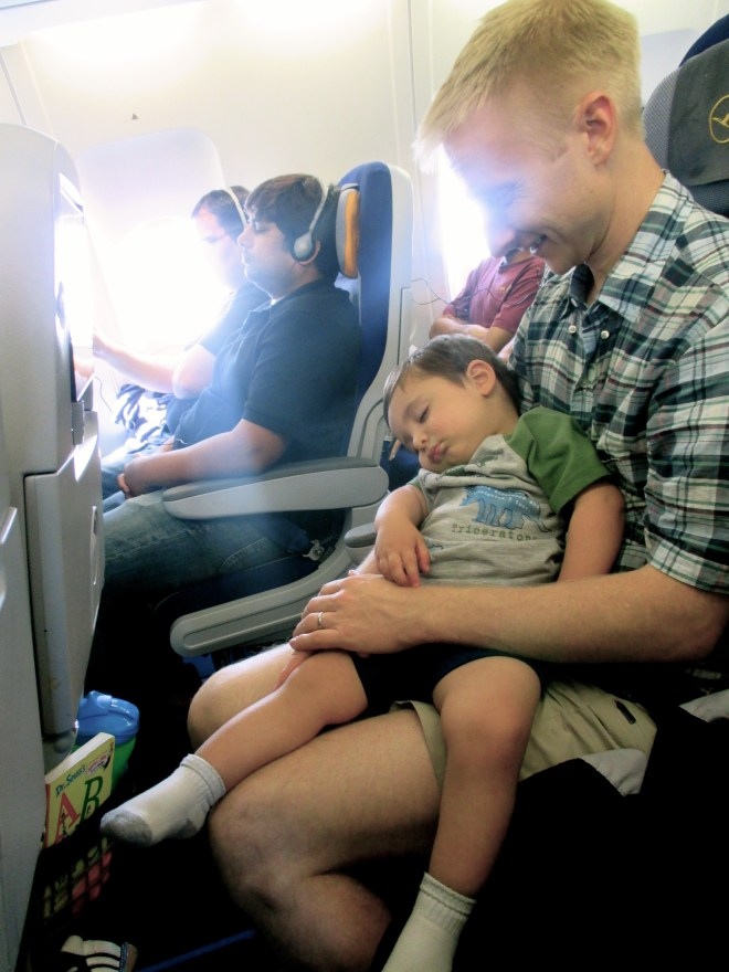 A toddler who sleeps for nearly half of a ten hour flight = amazing!