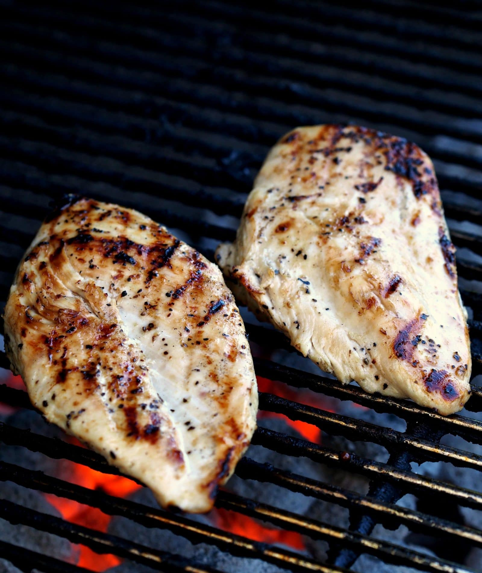 The Best Juicy Grilled Boneless Skinless Chicken Breasts Recipe ...
