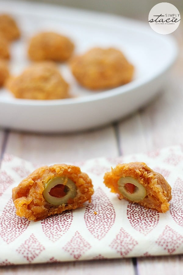 Olive Cheese Balls Recipe #HolidayAppetizers