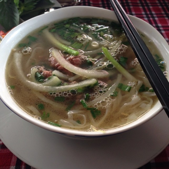 www.singapbyart.com-ho-chi-minh-city-saigon-food-pho.jpg