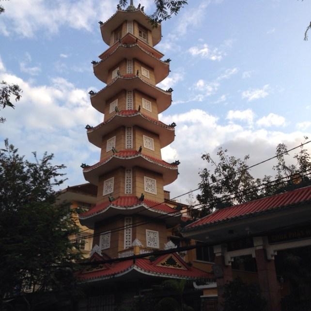 www.singapbyart.com-ho-chi-minh-city-saigon-xa-loi-pagoda.jpg