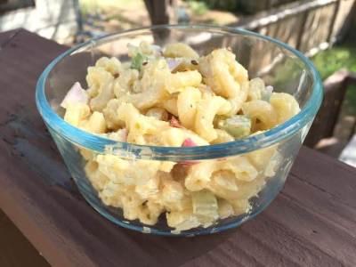 Mom's Homemade Macaroni Salad