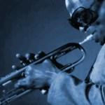 LEGENDARIOS DEL JAZZ: El trompetista Miles Davis, una de las figuras más relevantes y influyentes en la historia del jazz