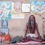 Viaje fotográfico a la India: practicando el yoga
