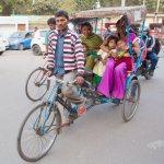 Viaje fotográfico a la India/2015: El rickshaw manual, un medio de transporte habitual en el Viejo Delhi