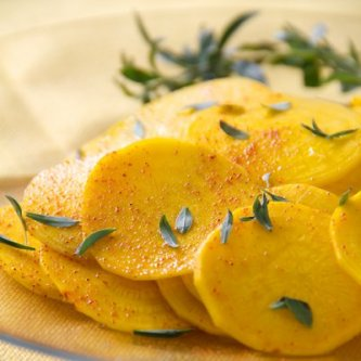 Savory and Spice Golden Beet Salad - SippitySup
