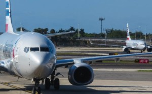 D-737-american-airlines