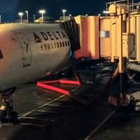 De Atlanta a Orlando en un Boeing 757 de Delta (en el 1A)