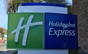 D-holiday-inn-express