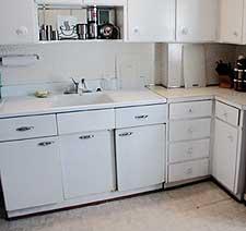 Kitchen before color makeover