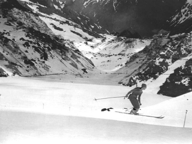 1920s skier Portillo