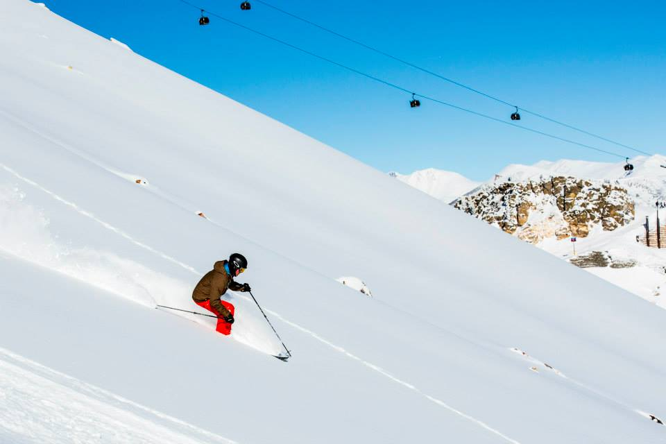 5 ski resorts with reliable early season snow