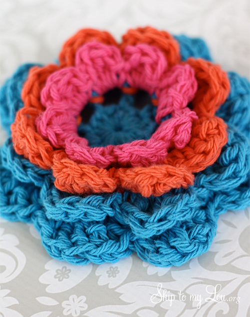 Crochet Flower Ear Warmer Tutorial : How to Make a Crochet Ear Warmer