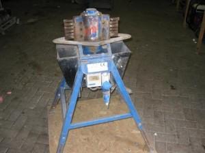 Stenenbikmachine