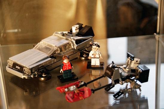 Back to the Future II Lego 18
