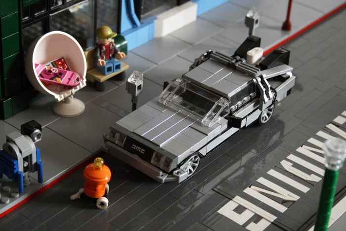 Back to the Future II Lego 8
