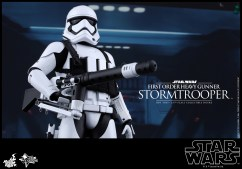 Hot Toys - Star Wars - The Force Awakens - First Order Heavy Gunner Stormtrooper Collectible Figure_PR15