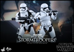 Hot Toys - Star Wars - The Force Awakens - First Order Stormtroopers Collectible Set_PR1