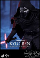 Hot Toys - Star Wars - The Force Awakens - Kylo Ren Collectible Figure_PR14