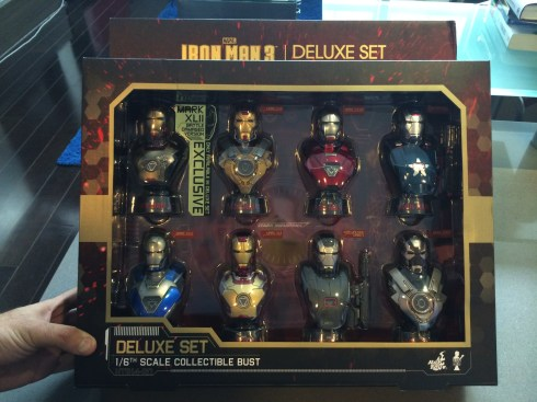 Hot Toys Iron Man 3 Mini Busts Deluxe Set boxed