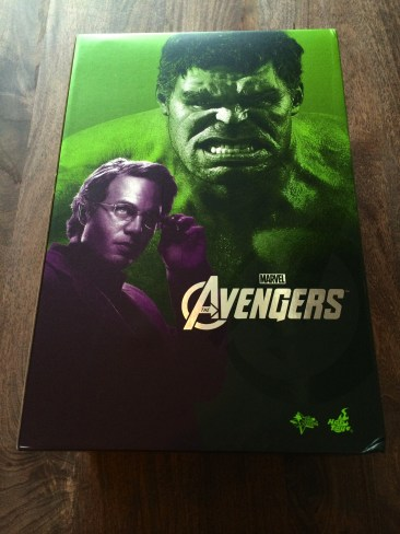 Hot Toys Bruce Banner and Hulk Sixth Scale Figure Set boxed