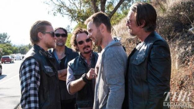 Joel McHale on Sons of Anarchy