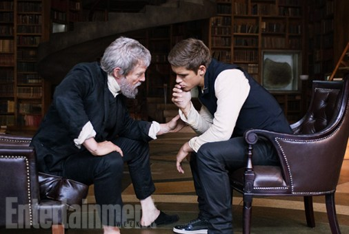 The Giver - Jeff Bridges and Brenton Thwaites