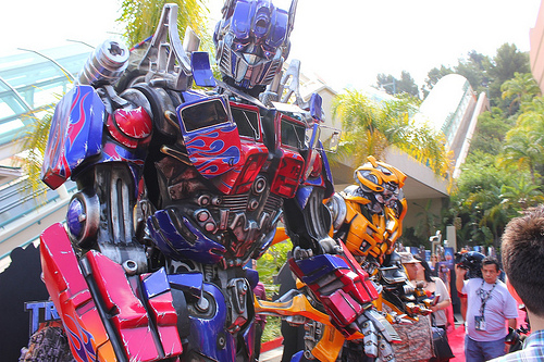 Transformers The Ride 3D grand opening - Optimus Prime and Bumblebee