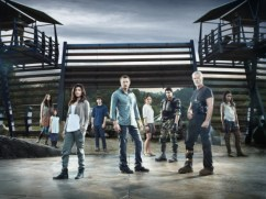 ERRA NOVA: Cast (L-R): Naomi Scott, Alana Mansour, Shelley Conn, Landon Liboiron, Jason O'Mara, Allison Miller, Mido Hamada, Stephen Lang and Christine Adams
