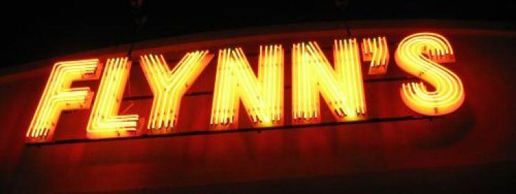flynns-sign
