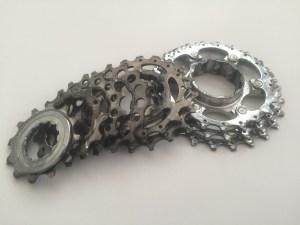 clean your bike's cassette