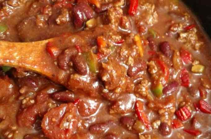 easy crockpot chili and homemade chili seasoning