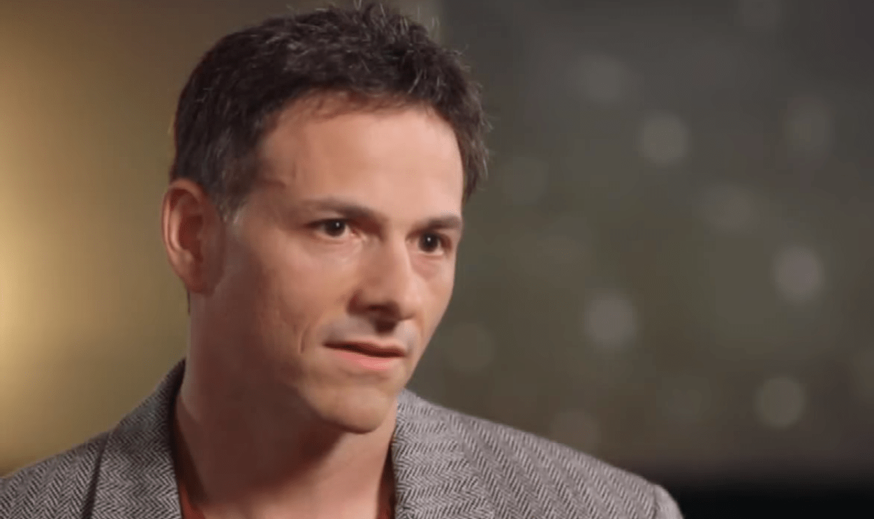 David Einhorn Left Scratching His Head on Shorting Tesla Inc  TSLA     Billionaire hedge fund guru David Einhorn at Greenlight Capital shorted  large cap tech players and has lived to tell the tale  but not without  losing a