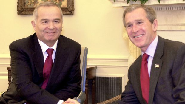 Islam Karimov in the Oval Office with former US president George W. Bush during the post- 9/11 years.