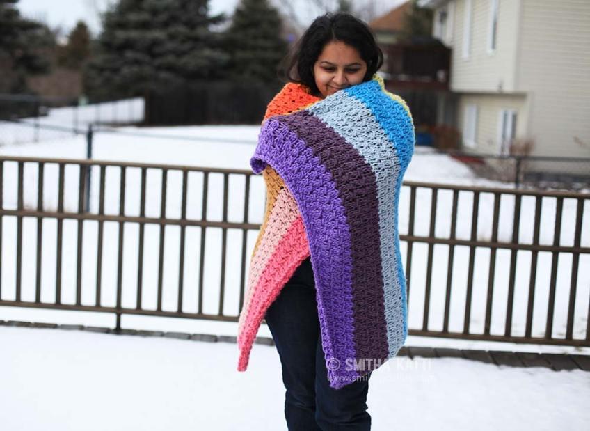 Free printable pdf pattern rainbow knit blanket