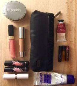 Što mi je u torbici?