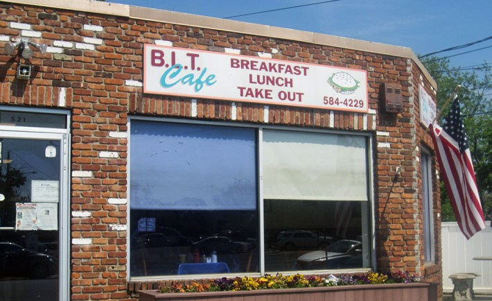 BLT Lake Ave St. James, NY